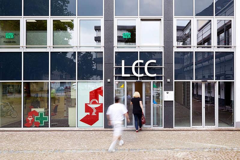 GrunerGruner Eingang LCC